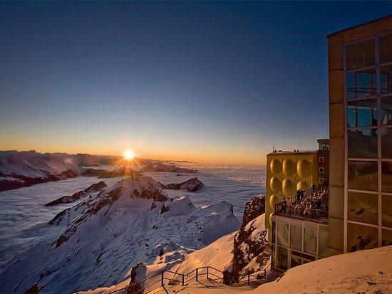Hundwil, Schweiz: Säntisgipfel Sonnenuntergang
