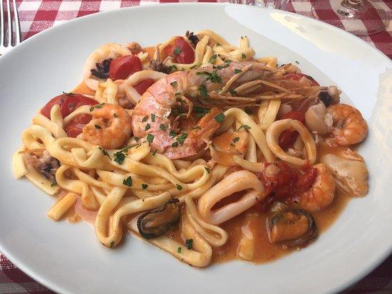 La taverna del borgo antico for Dinner on the terrace