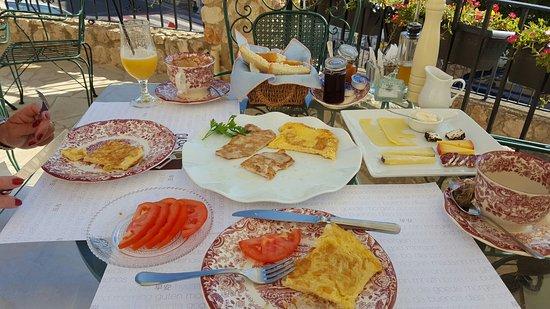 Guadalest, España: 20160722_095945_large.jpg