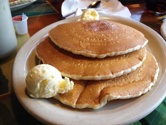 Country Cousin: 4 stack pancakes