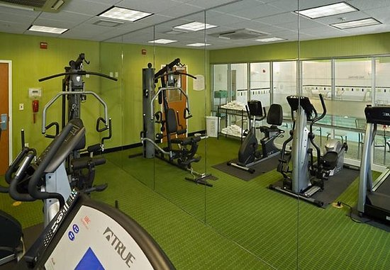 Augusta, ME: Fitness Room