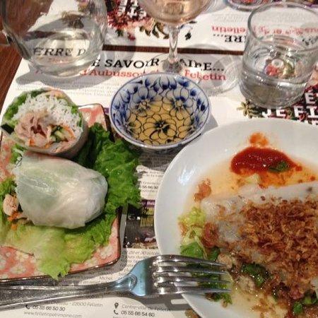 Aubusson, Frankrike: Crêpe vietnamienne et rouleau de printemps