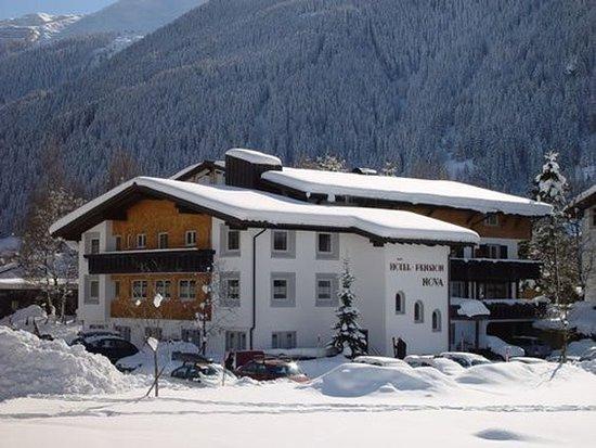 Gaschurn, Austria: Hotel in the Winter