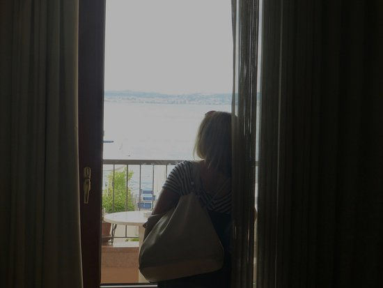 Eden Hotel: saying goodbye to view before departure