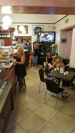 Castellamonte, Italia: Bar Pasticceria Cabosse Di Garra Simona