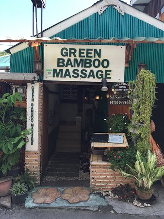 ‪Green Bamboo Massage‬