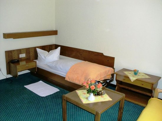 Bielefeld, Almanya: Comfort Single Room