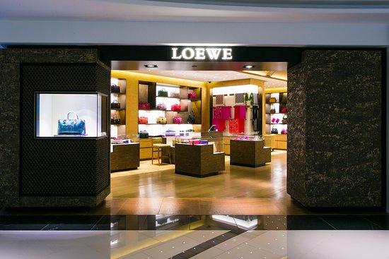 T Galleria by DFS, Hawaii : 3/F Loewe