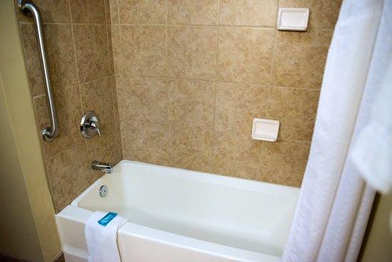 Devils Lake, ND: Guest Bathroom