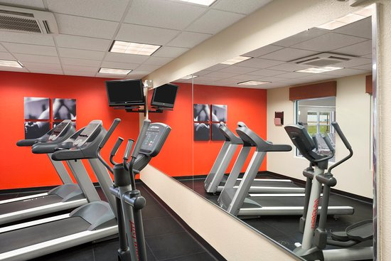 Rossford, OH: TOSOFitness Center
