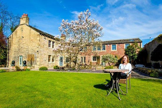 Alexandra House Holistic Health & Wellbeing Spa: Gardens