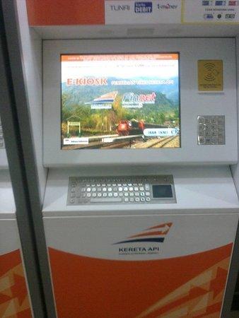 mesin untuk memesan tiket kereta api online cakepppp picture of rh tripadvisor com au