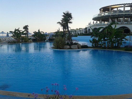 Lachania, Grécia: Pool-Landschaft