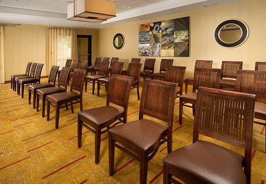 Waldorf, MD: Meeting Room – Theater Setup