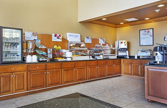 Somerset, KY: Start your morning off with a trip to our Breakfast Bar