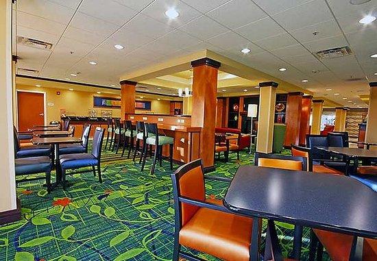 Turlock, Kaliforniya: Breakfast Sitting Area