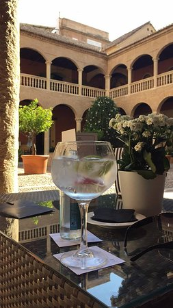 AC Palacio De Santa Paula, Autograph Collection Photo