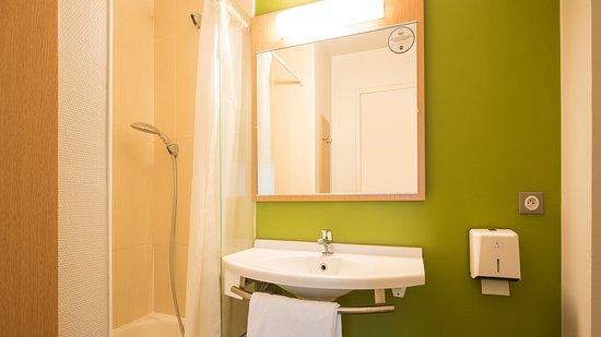 b b hotel perpignan sud porte d 39 espagne 2. Black Bedroom Furniture Sets. Home Design Ideas