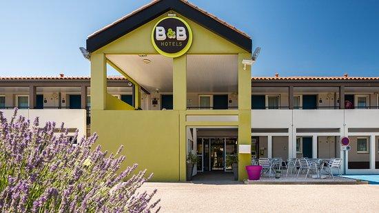 b b hotel perpignan sud porte d 39 espagne france voir les tarifs et 107 avis. Black Bedroom Furniture Sets. Home Design Ideas