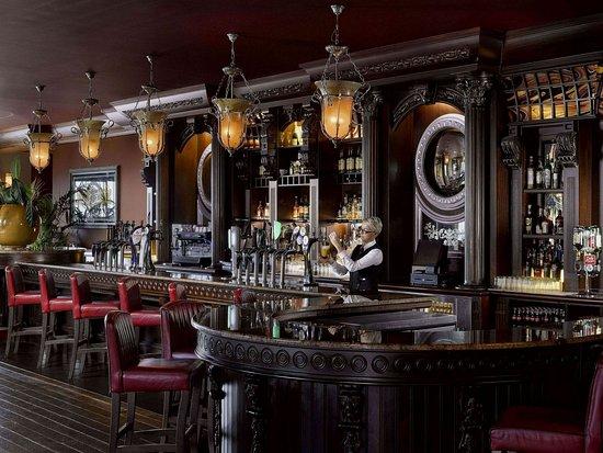 The Salthill Hotel: Blackrock Bar & Cafe