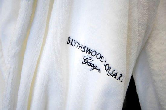 Blythswood Square: Blythswood Square Bathrobe