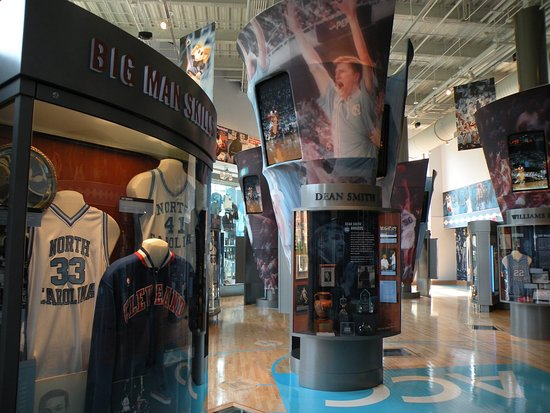 Chapel Hill, Carolina del Norte: Rizzo_Attractions_UNC_Basketball_Museum