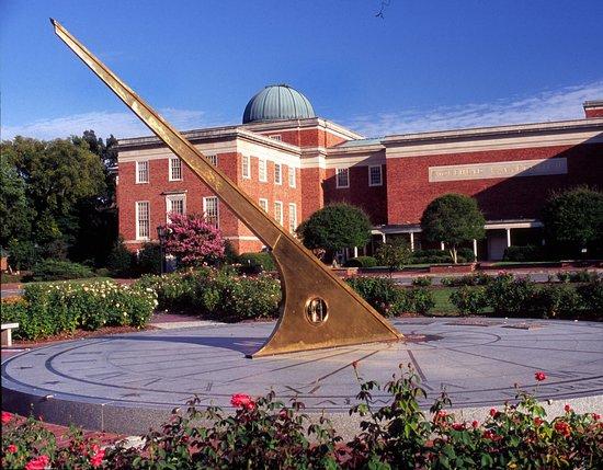 Chapel Hill, Carolina del Norte: Rizzo_Attractions_Morehead_Planetarium