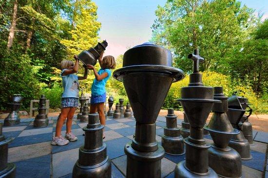 Chapel Hill, Carolina del Norte: Rizzo_Attractions
