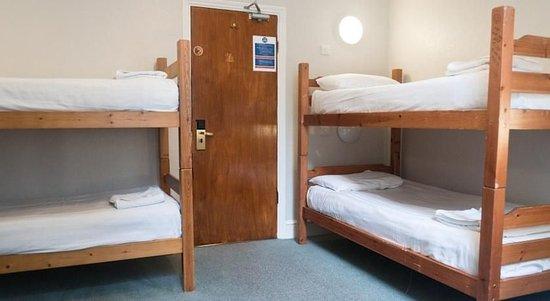 Lords Hotel: En-suite Triple