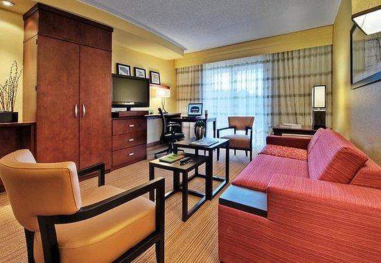 Johnson City, TN: One-Bedroom Suite