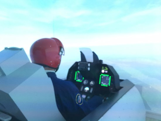 F-16 FIGHTING FALCON FLIGHT SIMULATOR, AVIASIM, NEYDENS (CLOSE TO GENEVA), JULY 2016.