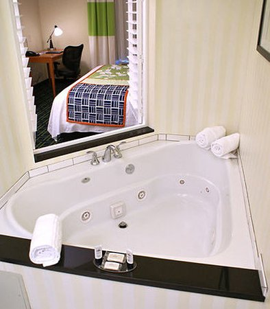 Kingsburg, Californien: Whirlpool King Room