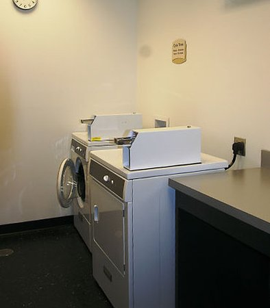 Pelham, AL: Guest Laundry