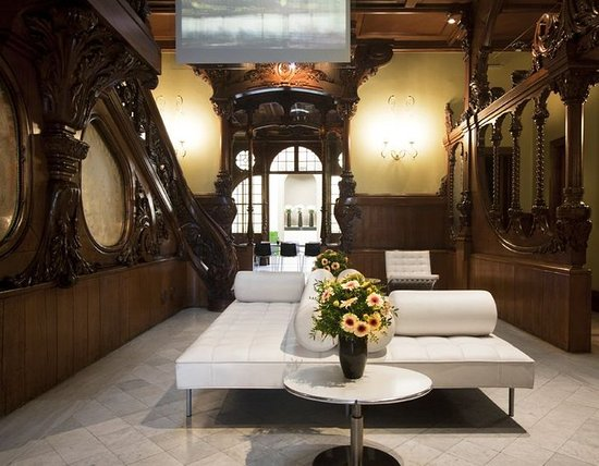 El Palauet Living Barcelona: Lobby