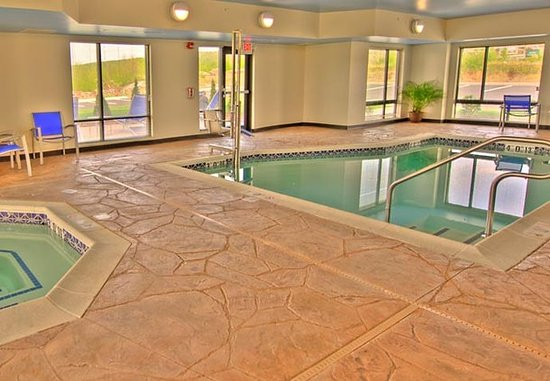 Moosic, PA: Indoor Pool & Spa