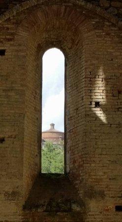 Кьюсдино, Италия: verso l'eremo
