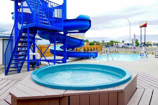 Hardin, MT: Pool
