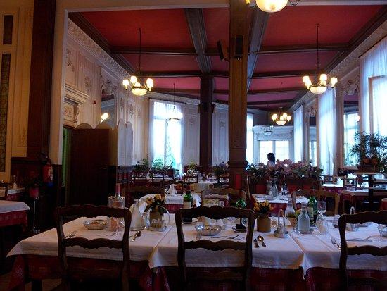 Plombieres les Bains, فرنسا: Salle du restaurant