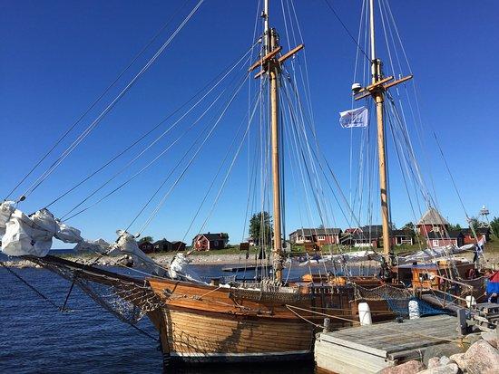 Kalajoki, Suomi: Kaljaasi Ansio