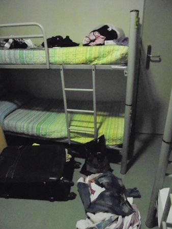 Be Dream Hostel: habitación de 6