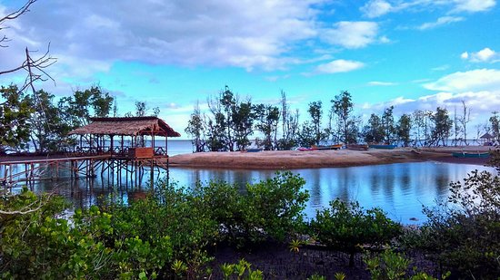 Ekowisata Pasir Panjang Pantai Kahona