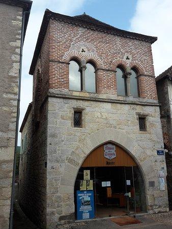 Luzech, France: Maison des Consuls qui abrite notre Musée Armand Viré