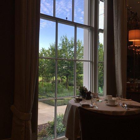 Ascot, UK : Dining room