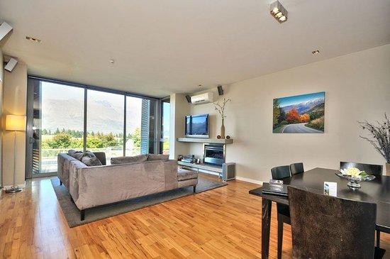 Pounamu Apartments: One Bedroom Premier Apartment