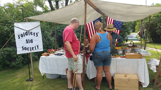 Battle Lake, MN: Display by the MN 2nd Battery in 2015