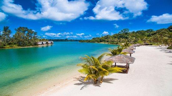 Holiday Inn Resort Vanuatu: Holiday Inn Resort Private beach, Erakor Lagoon