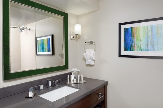 Culver City, Kalifornien: Standard Bathroom Vanity