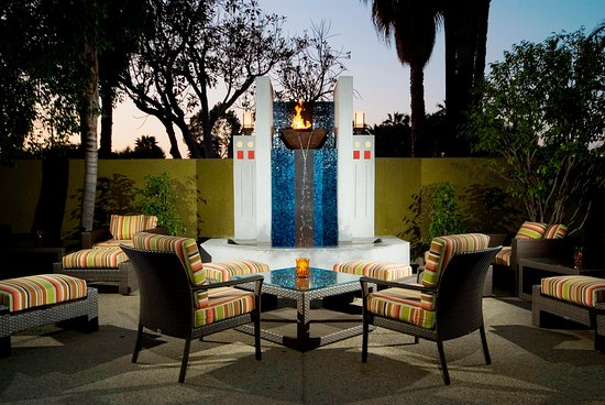 Culver City, Californien: Share Outdoor Patio