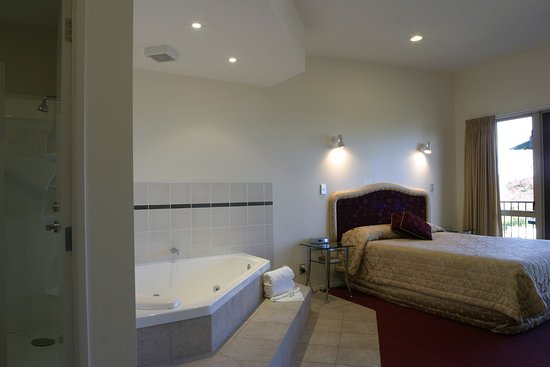 Chantilly's Lake Taupo: Executive Spa Studio - Luxury!