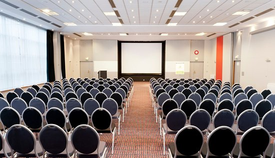 Noisy-le-Grand, ฝรั่งเศส: Conference Room - PARIS